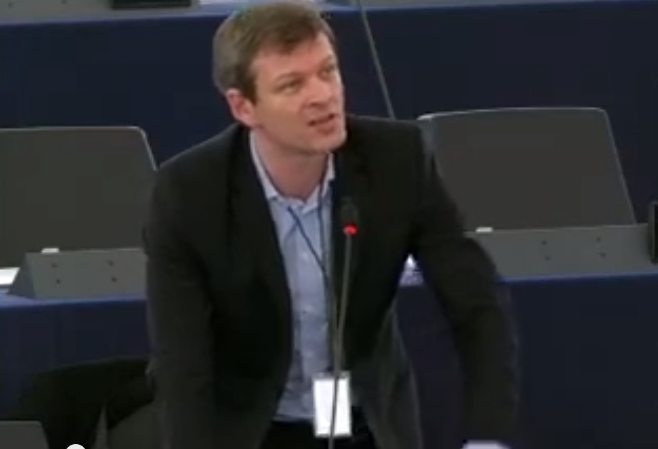 Intervention de Guillaume Balas pour la défense du droit de grève