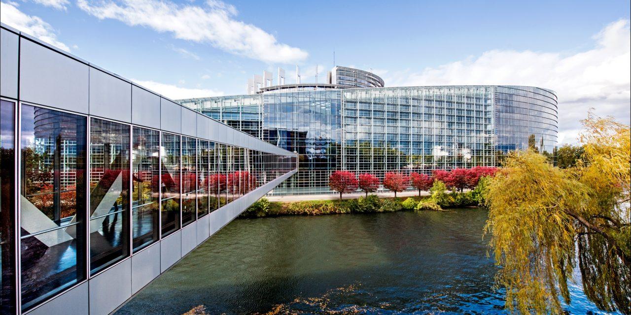 Budget 2016 de l'Union européenne : la ténacité du Parlement vient à bout des réticences du Conseil