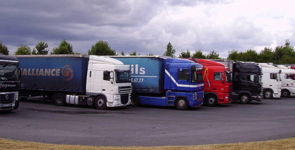 Transport routier, du discours aux actes – concrétiser le Pilier Social dans le secteur routier